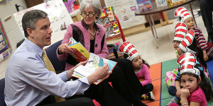 arne duncan visits early childhood class